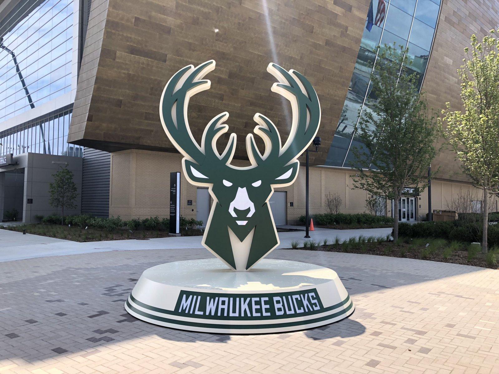 Bucks Logo Sign