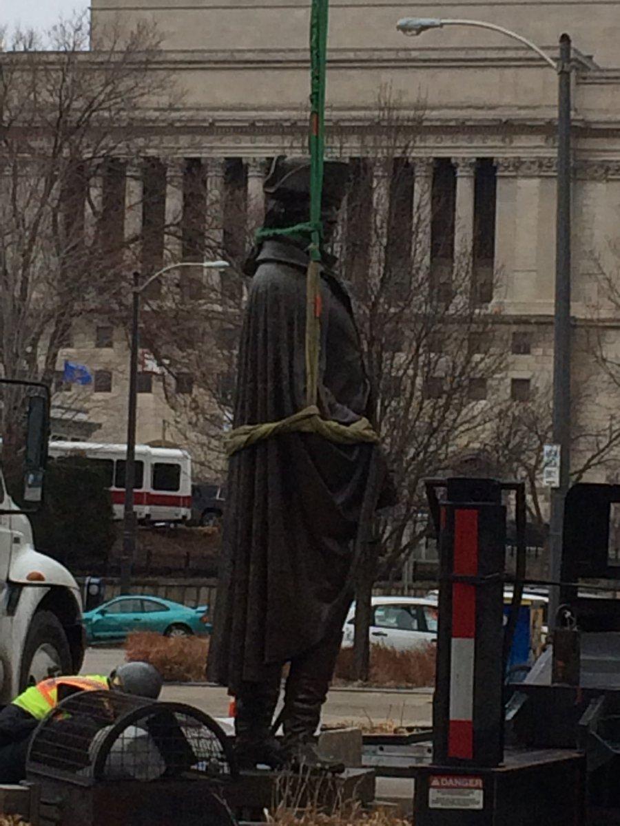 George Washington Statue Re-installation