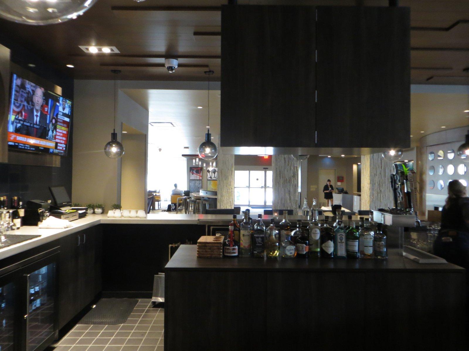 414 Bar + Kitchen