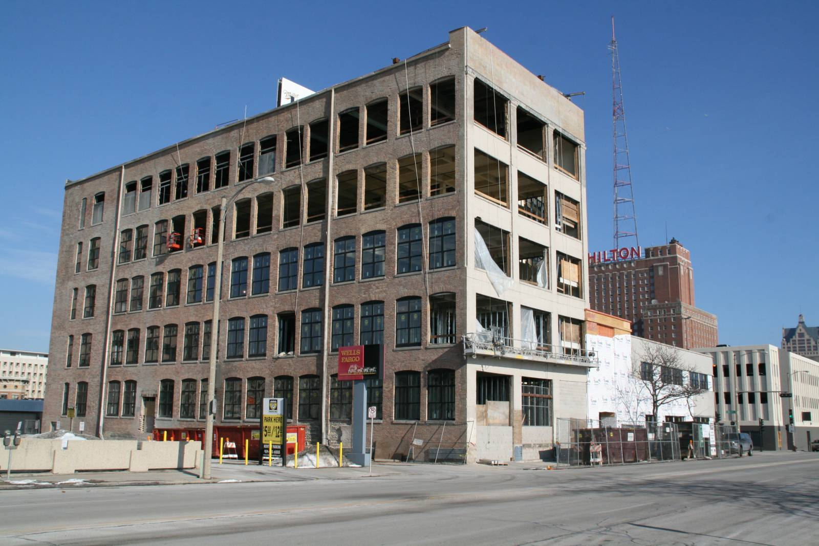 700 Lofts Construction