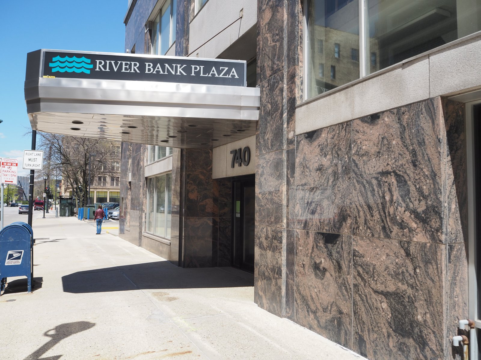 River Bank Plaza