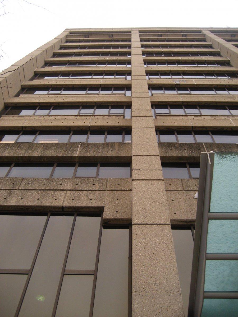 Wells Fargo Building, 735 W. Wisconsin Ave.