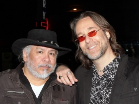 Musician Sam Llanas and Patrick Nettesheim, founder of G4Vets