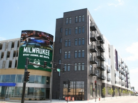 Five Fifty Ultra Lofts and Parking Garage Sign