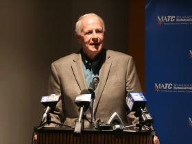 Mayor Tom Barrett