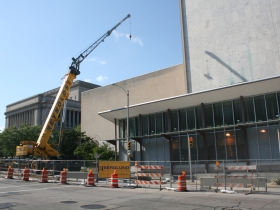 Milwaukee Public Museum's solar wall project under construction.