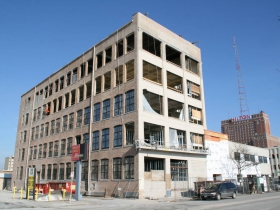 Friday Photos: 700 Lofts Takes Shape in Westown