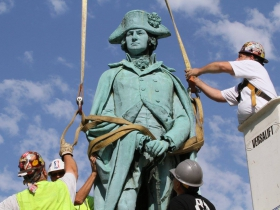 George Washington Statue Removal