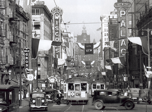 Wisconsin Ave. theaters in 1933.