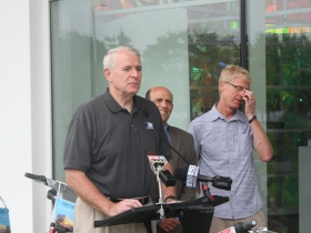 Mayor Barrett speaking at the Bike-sharing press conference.