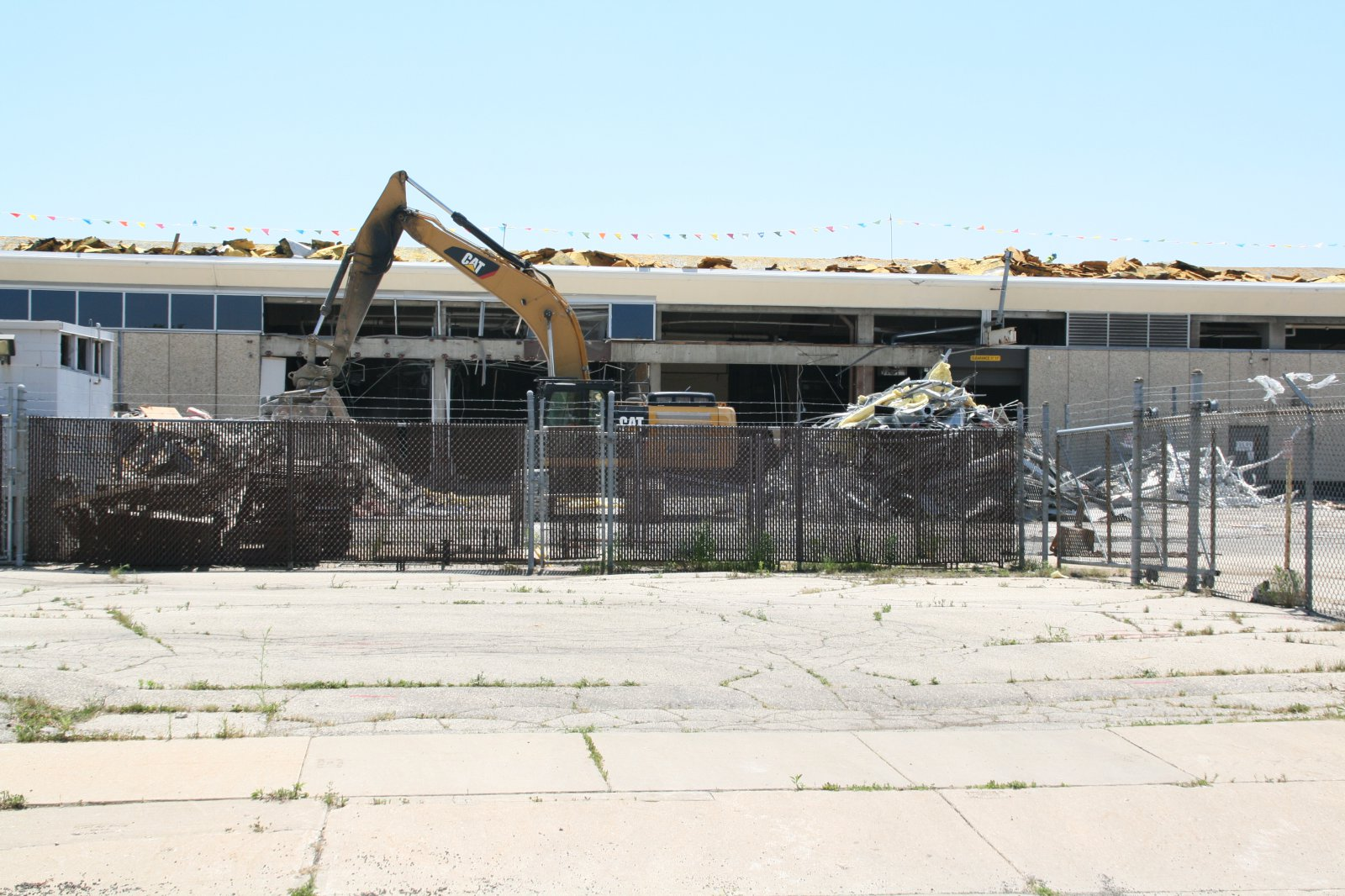 We Energies South Service Center Deconstruction