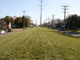 20th Street Trail Corridor at W. Hampton Ave. - Looking South