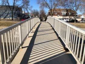 Kinnickinnic River Pedestrian Bridge