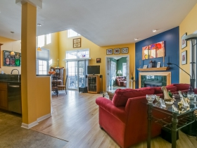 Listing of the Week: 1527 N. Cass St.