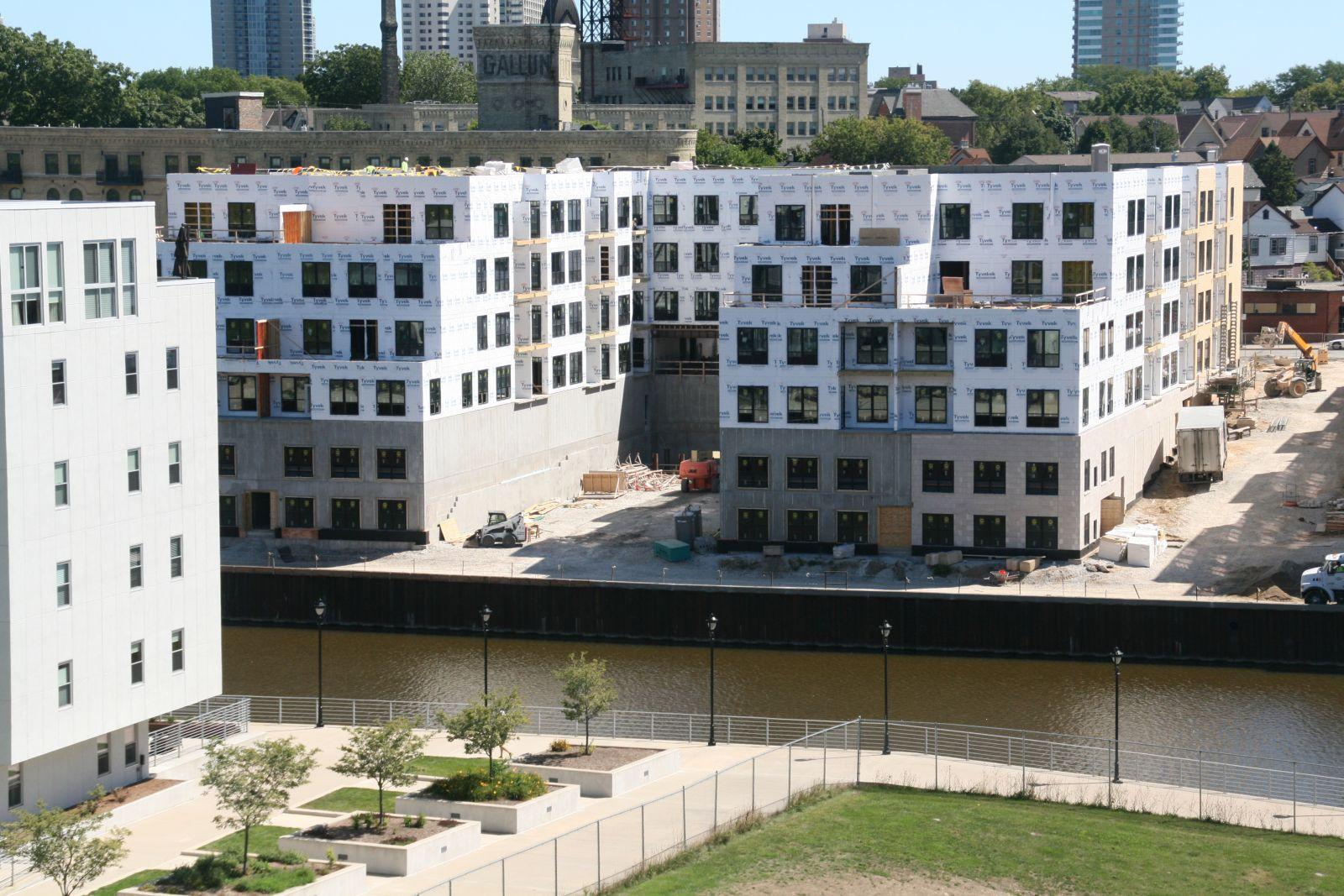River House Apartments Construction