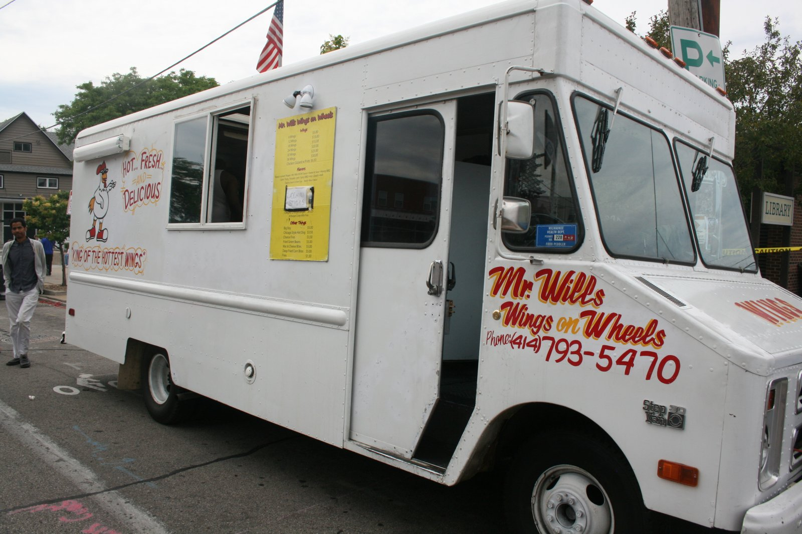 Mr. Will\'s Wings on Wheels