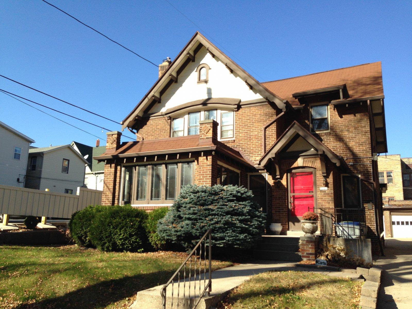 1120 E. Pleasant St.