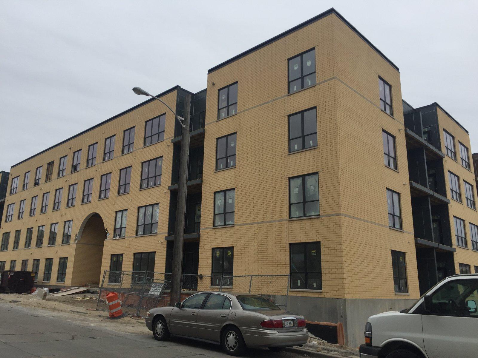 River House Luxury Apartments Milwaukee