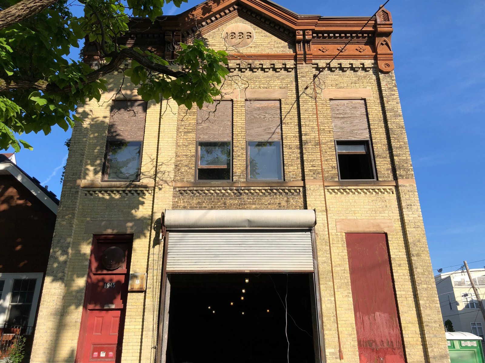 Milwaukee Firehouse Ladder Co. No. 5