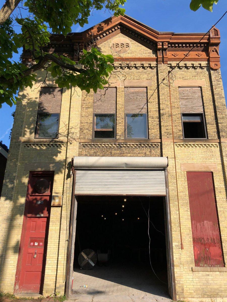 Milwaukee Firehouse Ladder Co. No. 5