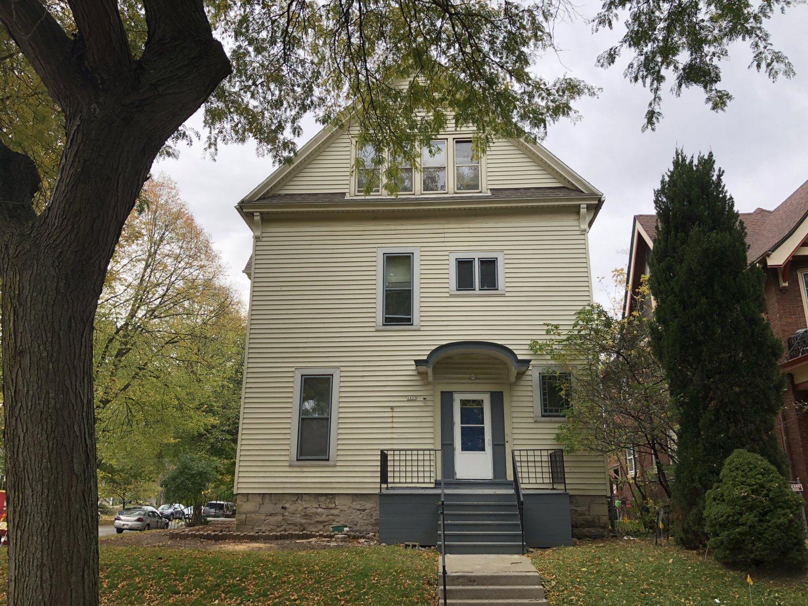 1655 N. Humboldt Ave.