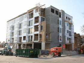 Avante Apartments under construction on Milwaukee's Lower East Side.