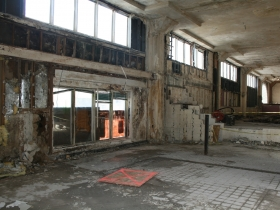 Friday Photos: Gutting the Prospect Mall