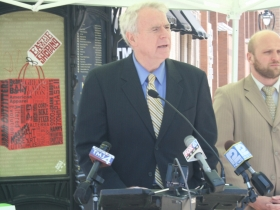 Mayor Barrett speaking about ZipCar.