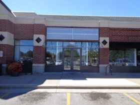 The 5 Guys Burgers and Fries is closed at East Pointe Marketplace. Photo by Michael Horne.