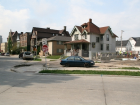 1809 N. Cambridge Ave. Construction