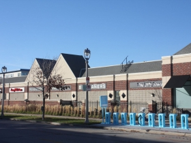 The East Pointe Marketplace is not accessible from the sidewalk