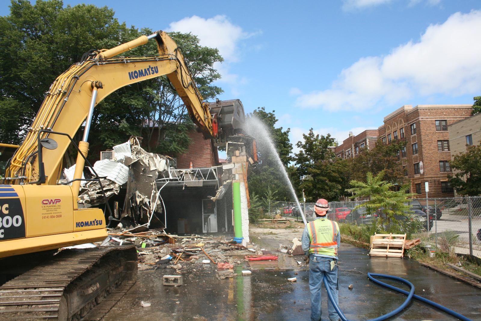 Demolition of 1400 W. Wells St.