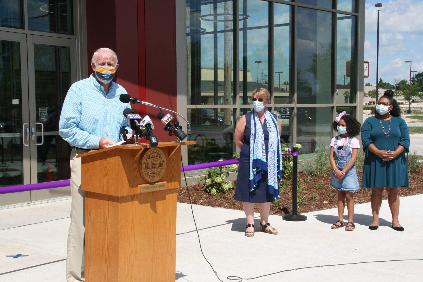 Mayor Tom Barrett, Paula Kiely and Ald. Chantia Lewis