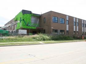 1001 W. St. Paul Ave. Construction