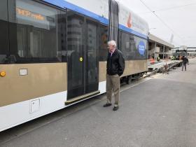 Barrett Examines Streetcar