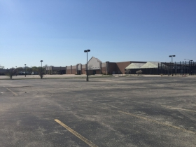 Vacant Lowe's Big Box Store