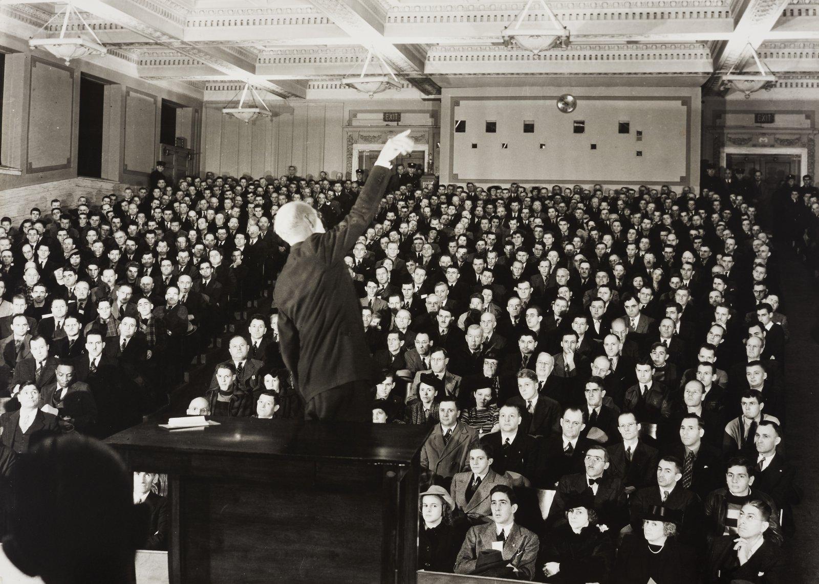 Edward Rohlke Farber, Foreman's Safety School - 9th Street Auditorium, Milwaukee Library, ca. 1940. Gelatin silver print