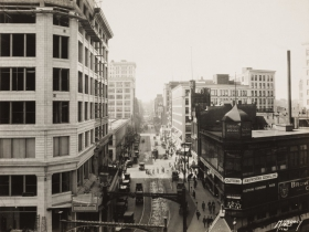 Murdoch & Company, View West of Wisconsin Avenue, Milwaukee, from Pabst Building, 1923/25. Gelatin silver print