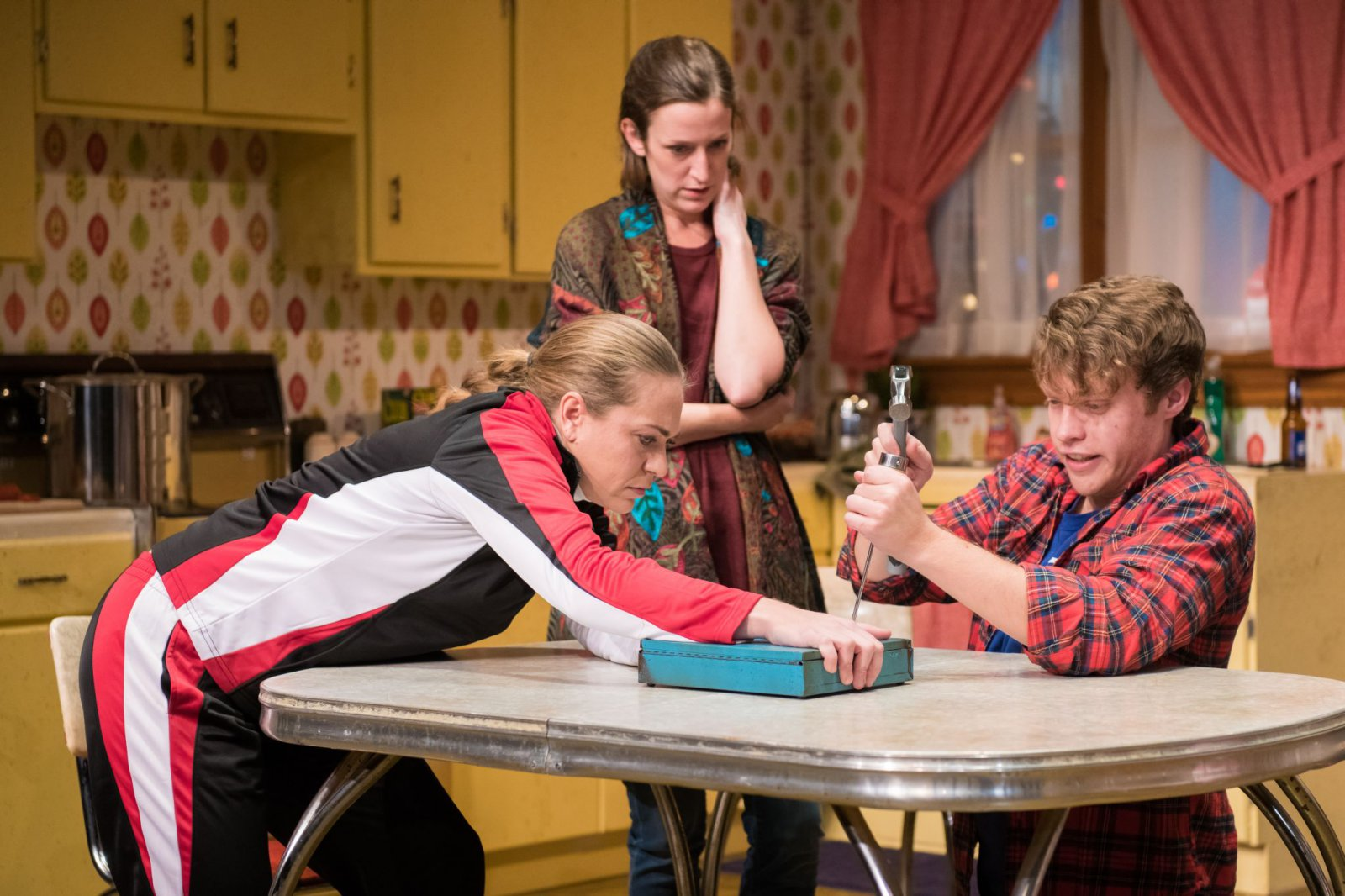 L-R: Greta Wohlrabe as Beverly Nowak, Kat Wodtke as Ruth Nowak, Josh Krause as Jimmy Nowak.