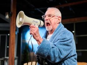 Milwaukee Chamber Theatre's No Wake.
