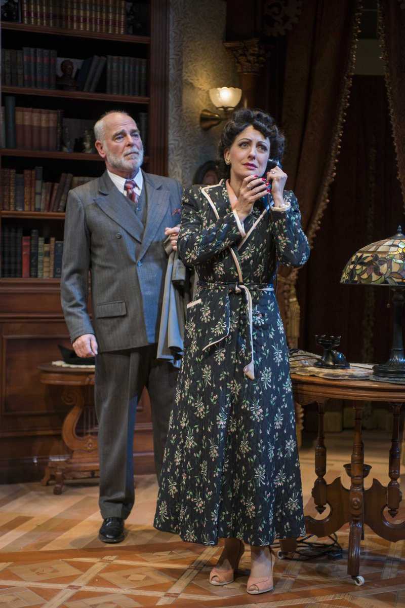 James Pickering and Deborah Staples in Milwaukee Repertory Theater's 2014/15 Quadracci Powerhouse production of Harvey.