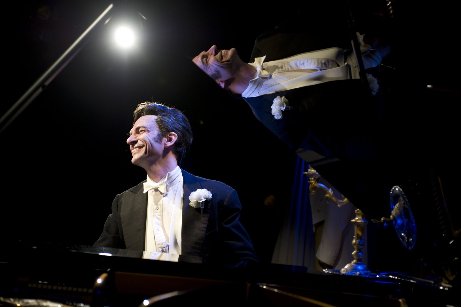 Jack Forbes Wilson in Milwaukee Repertory Theater's Stackner Cabaret 2010/11 production of Liberace!