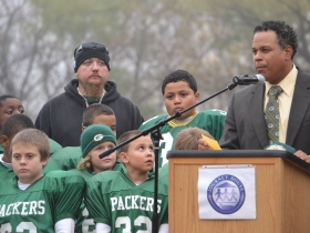 Junior House football player dad talks about what the program has meant to him and his son