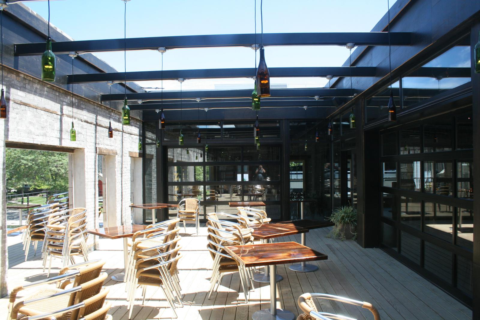 Second floor outdoor courtyard at Pizza Man.