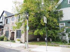 2339-2345 N. Murray Ave.