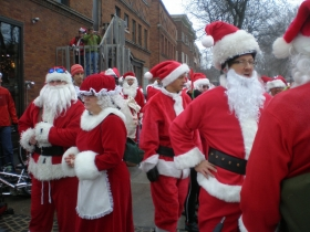 Santas at Cafe Hollander