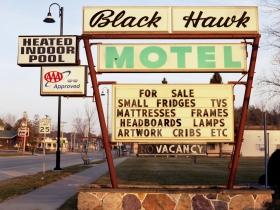 Black Hawk Motel, 2006