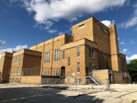 Edison Middle School (former North Milwaukee High School)
