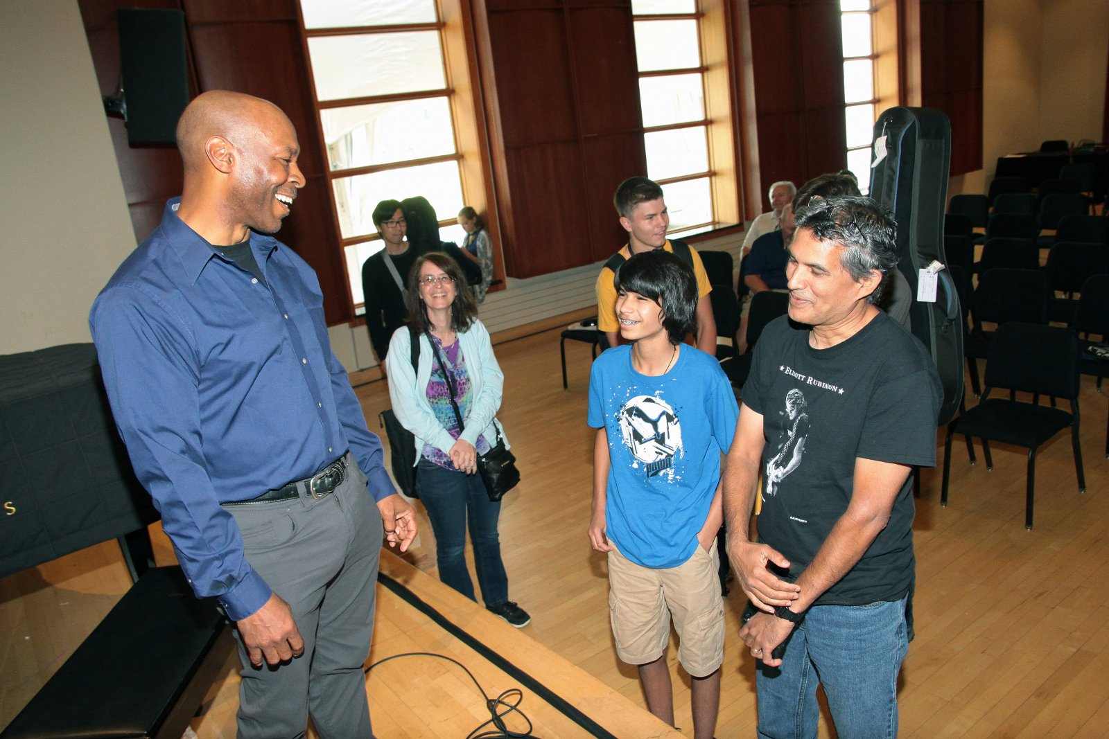 Kevin Eubanks enjoyed meeting and talking to fans at the 2017 Wilson Center Guitar Festival