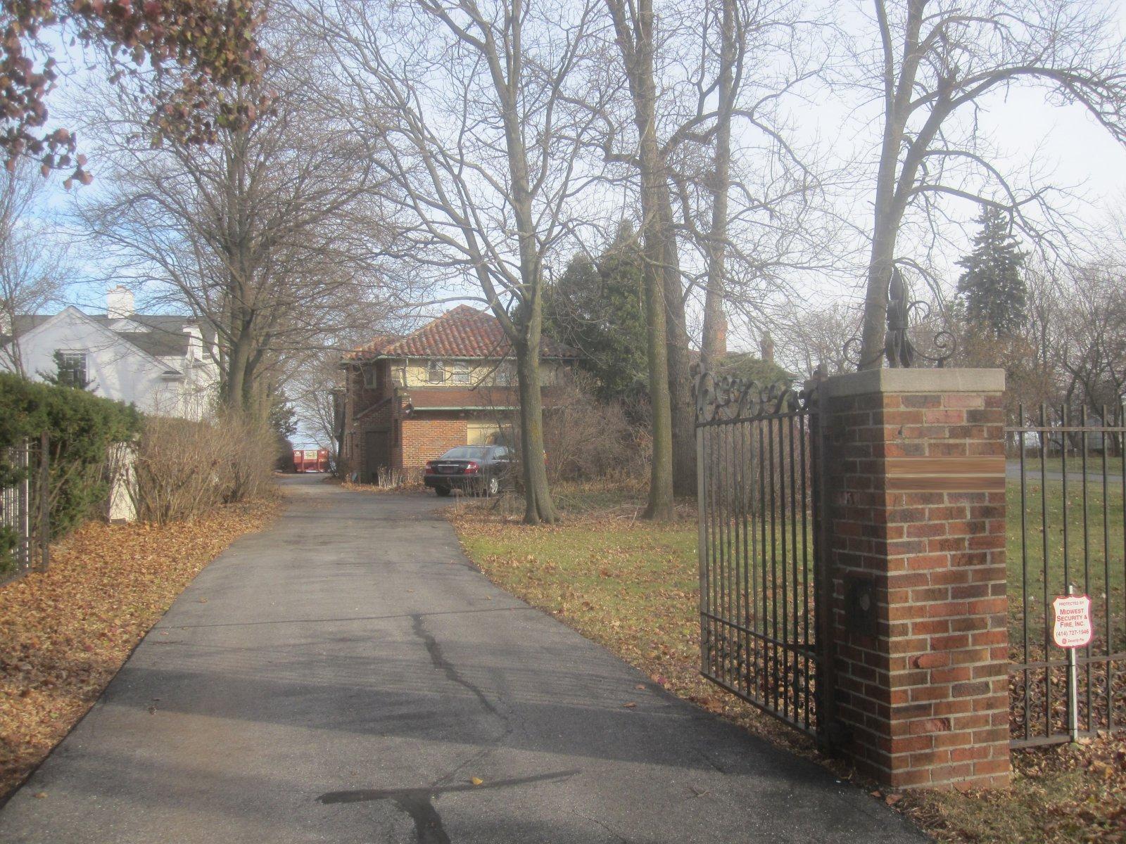 Chris Abele\'s Shorewood mansion